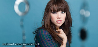 Carly Rae Jepsen Brings 'Kiss' to Walmart Soundcheck October 2012 | by Lunchbox LP