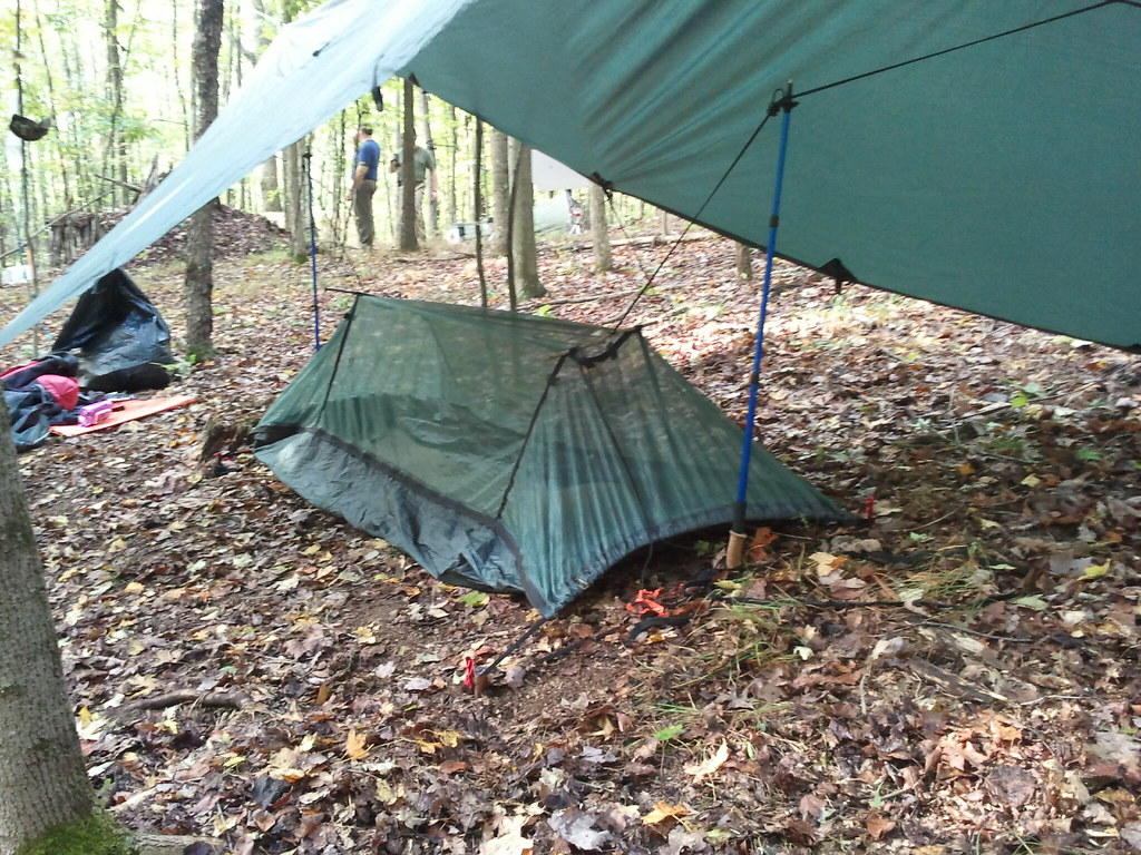 dd hammock ground setup   by tabauknight dd hammock ground setup   dd travel hammock on the ground co u2026   flickr  rh   flickr