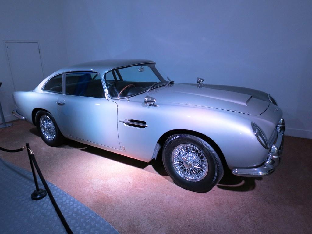 James Bond 39 S Aston Martin Dbv Beaulieu Motor Museum Flickr