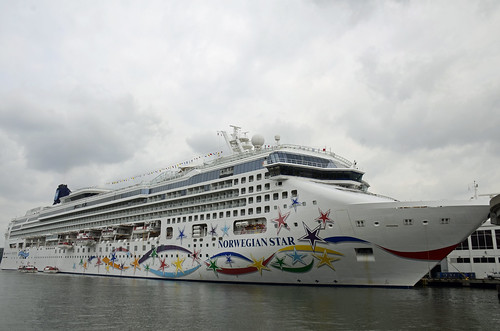 Picture Of The Norwegian Star Docked At Pier 88 In Manhattan. Photo taken Sunday September 2, 2012 | by ses7
