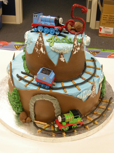 Jaden is turning 5 Thomas the train | by cakebug