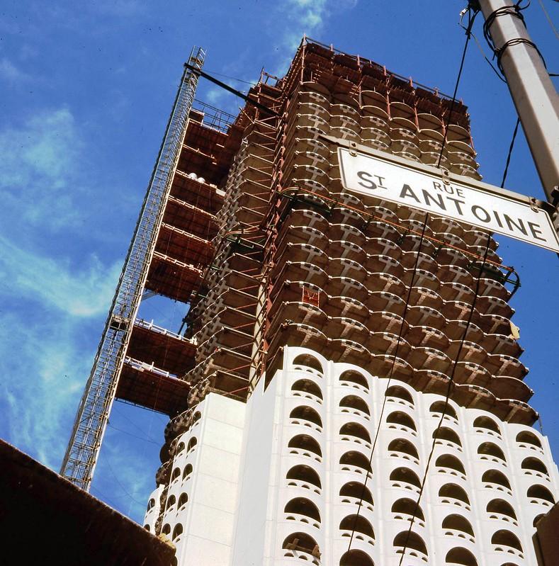la construction au centre ville de montr al 1965 1966 flickr. Black Bedroom Furniture Sets. Home Design Ideas