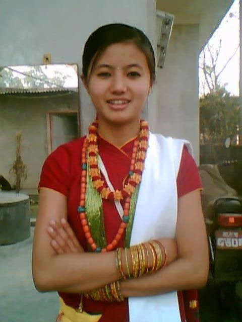 PHOTOS OF SINGLE GIRLS NEPAL