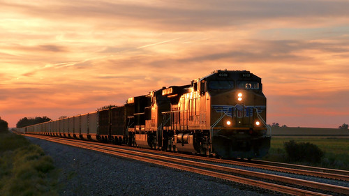 UP 6081 East at Sunset | by basicbill