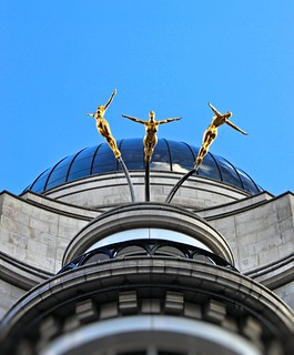 The Three Graces - Leaping Ladies - Golden Nudes Of Piccadilly London | by Simon & His Camera