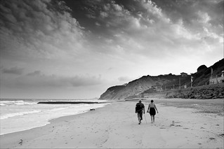 Couple strolling, Bidart Aug 11 | by Wilco1954