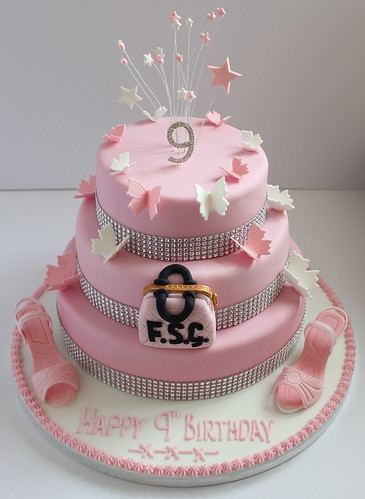 A Birthday Cake For Three Nine Year Old Girls Pauls
