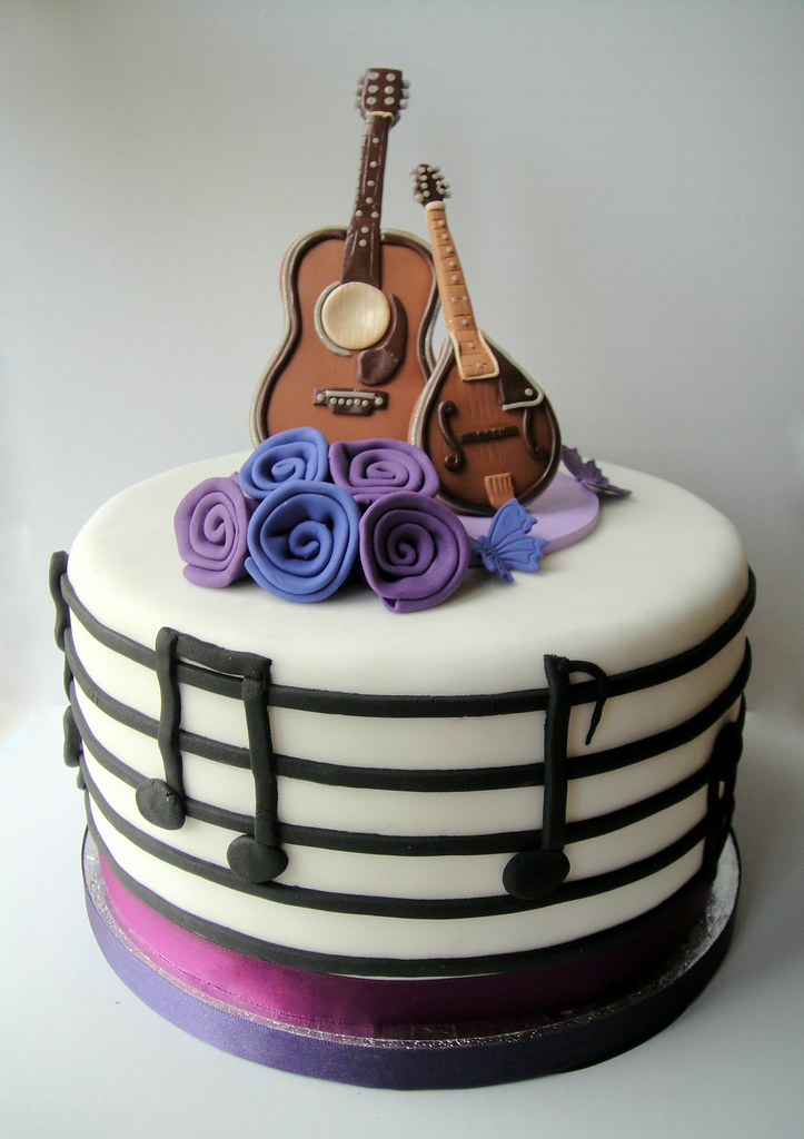 Rock And Roll Wedding Cake Wedding Cake For Keen Musicians Flickr