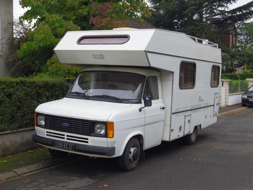 camping car autostar sur base ford transit de 1983 1299 rq. Black Bedroom Furniture Sets. Home Design Ideas