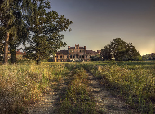 mansion ws | by andre govia.