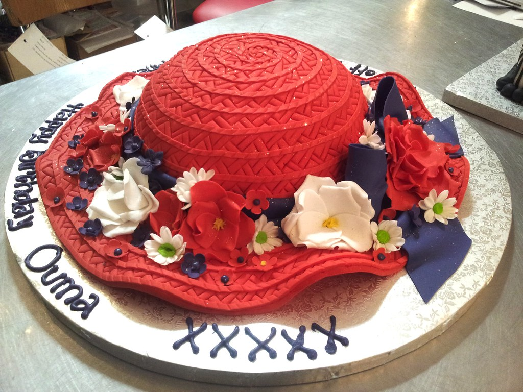 Images Of Hat Birthday Cakes
