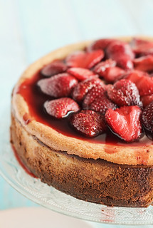 Roasted Strawberry & Ginger Ricotta Cheesecake | by raspberri cupcakes