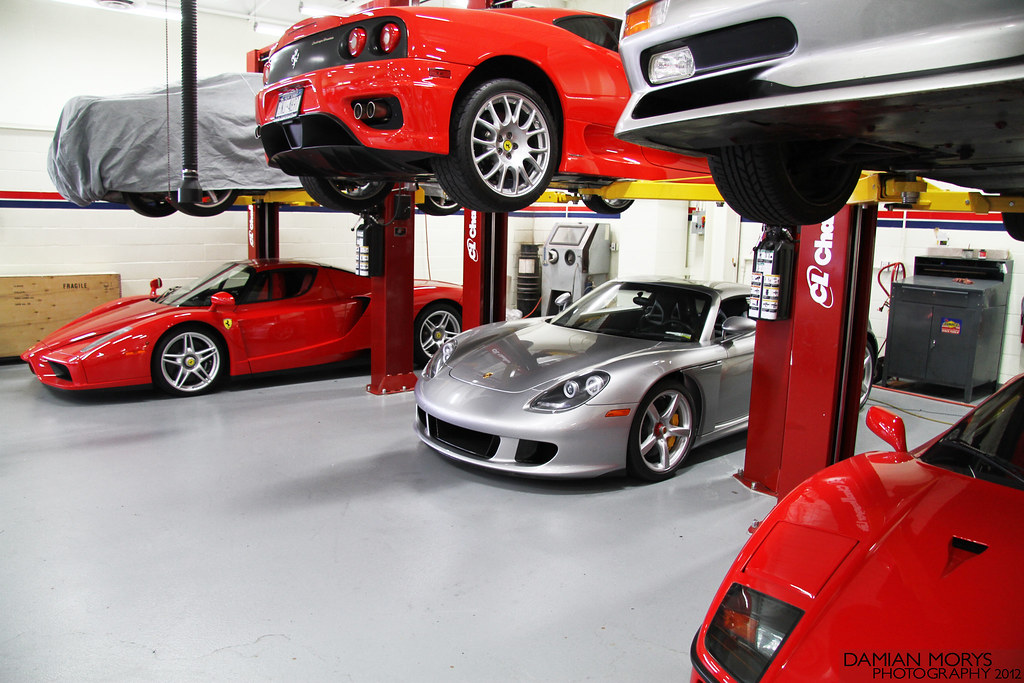Supercar Garage. | Enzo for me please. | Damian Morys | Flickr