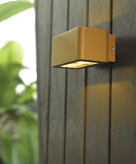 Summer 2012 Ledlux Exterior 12w Banff Sleek Up Down Wall B