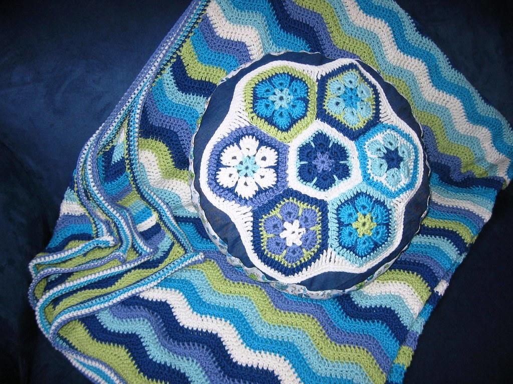 African Flower Granny Kissen Cattinka Crochet Flickr