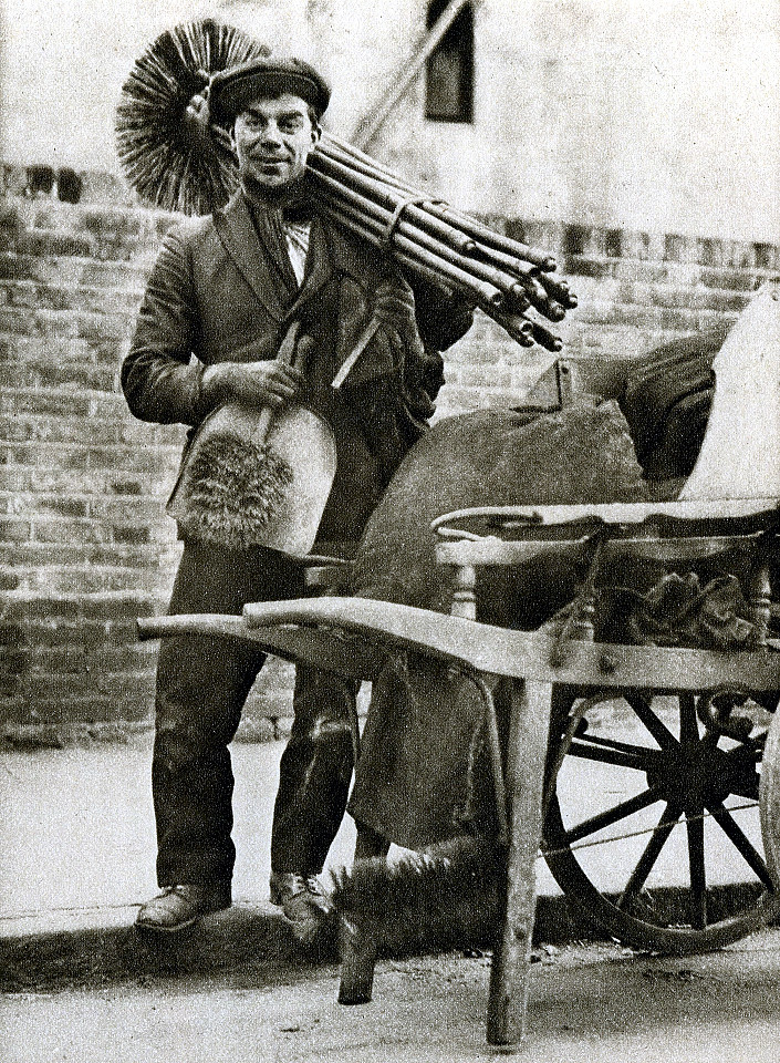 London In The 1920 S Chimney Sweep As Coal Fires Were