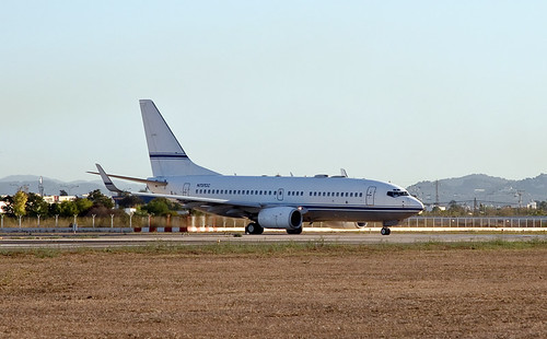 B-737  ( Avion privado ) --  (Private plane) | by ibzsierra