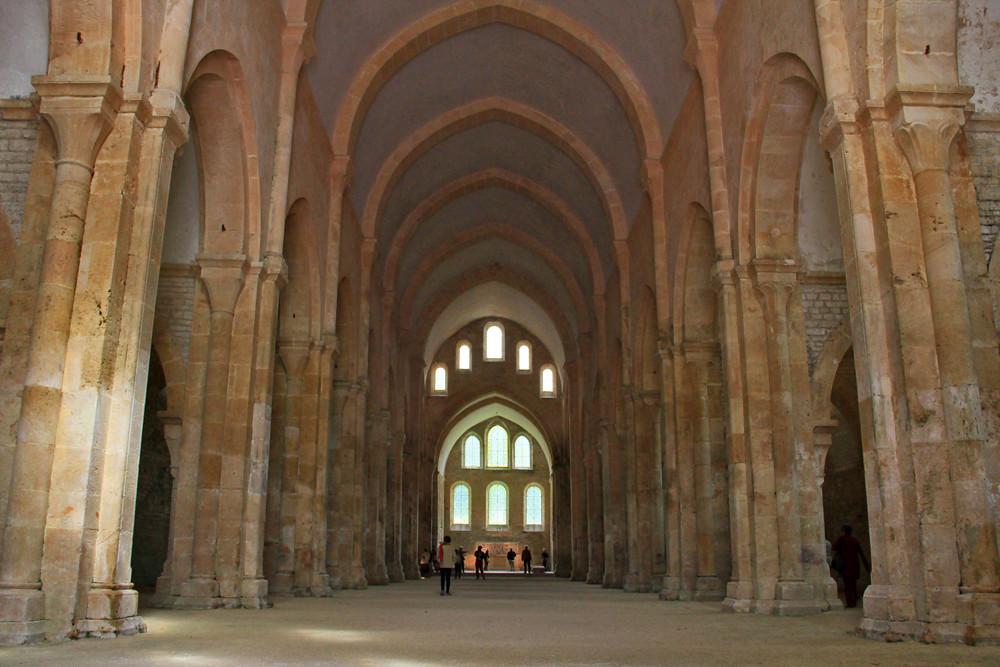 Borgogna abbazia di fontenay interni nell 39 ultima foto for Corso di arredatore d interni