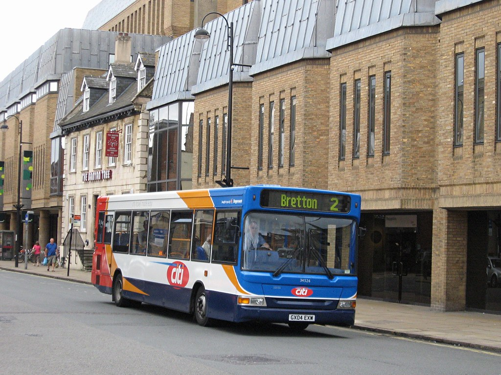 ... Stagecoach East 34526 (GX04EXW) - 25-08-12 | by peter_b2008