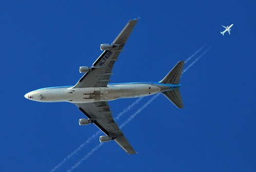 AIR TRAFFIC: KAL509 Korean Air Cargo Boeing 747 (HL7438) at FL36 from Seoul to Schiphol Amsterdam via Stockholm passing TOM436 Thomson Airways Boeing 757 (G-OOBB) at FL350 enroute from Manchester to Antalya | by PictureJohn64
