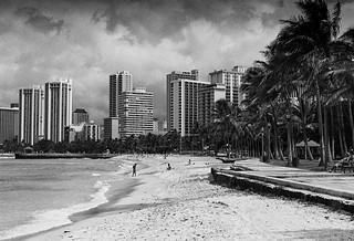 Waikiki Expects Showers | by David's_silvershots