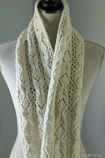 Bosc Scarf in Malabrigo Worsted | by SarahsStudio