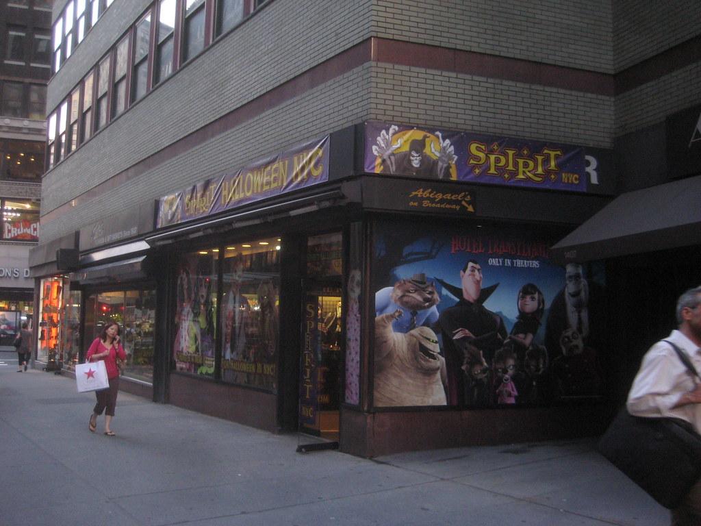 spirit halloween store 2012 nyc 2007 spirit halloween nyc flickr - Halloween Stores Ny