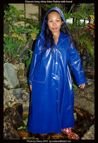 Shiny Blue Rukka Raincoat 01 This Is The Classic Shiny