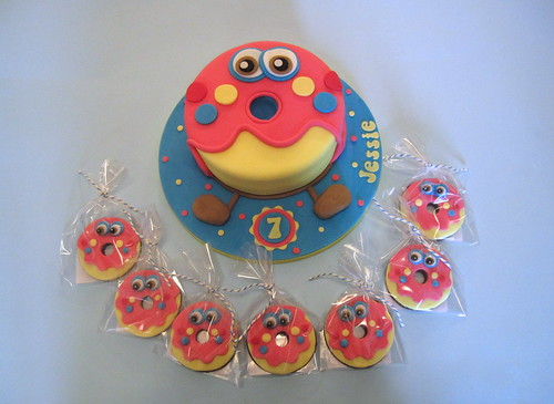 Moshi Monsters Make Cake Game