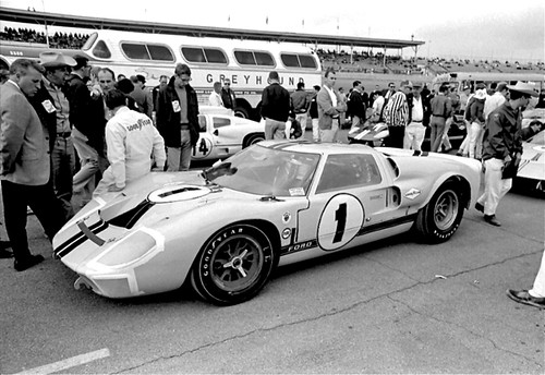 Seven Liter Ford GT40 Mk. II at Daytona 1967 | by Nigel Smuckatelli