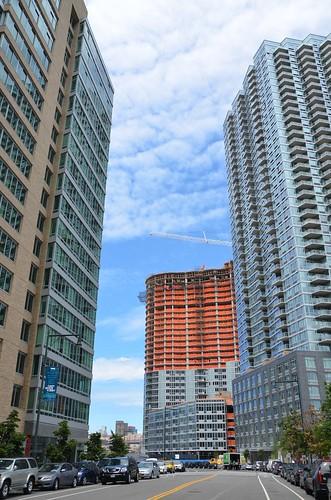 Center Boulevard Long Island City Apartments