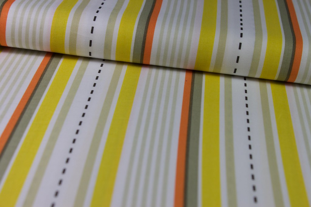 "Baumwollstoff ""Racing Stripes"", gelb-orange-beige"