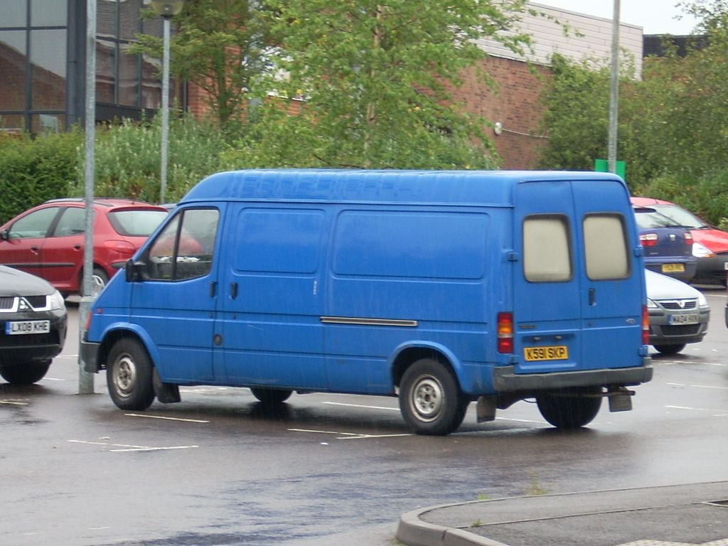 1993 Ford Transit 100 Lwb Van Spotted In The Leisure