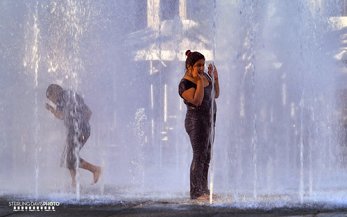 Keeping cool at the fountains | by STERLINGDAVISPHOTO