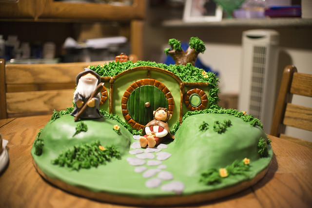 Bilbo S House Cake