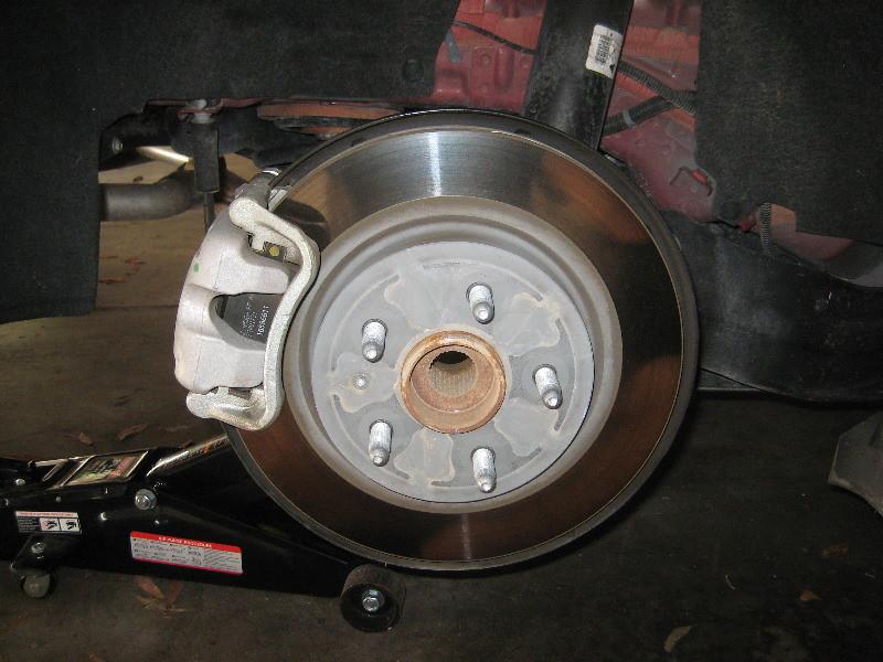 2014 2018 gm chevrolet impala rear disc brakes changing flickr. Black Bedroom Furniture Sets. Home Design Ideas