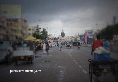 Grand Road View at Morning Hour Cloudy Sky with Temple