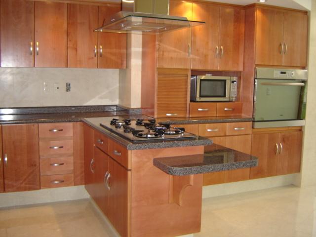Cocina integral madera de cedro jj cocinas integrales for Modelos de puertas de madera para cocina integral