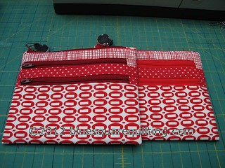 3-zipper pouches - redwtmk | by bluesquarequilting