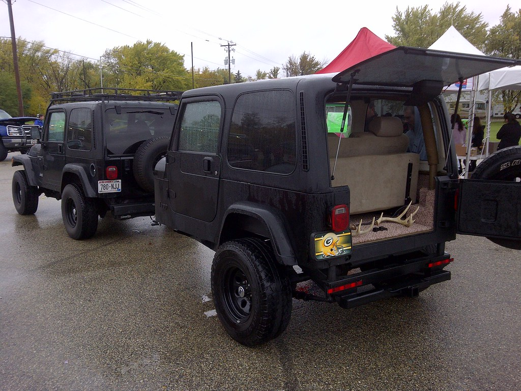 Jeep Wrangler W Matching Trailer The Trailer Has Seats