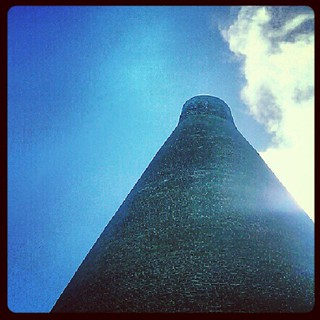 Stourbridge glass cone against a blue sky #blackcountry #industry #heritage #architecture | by daniel.d.slee
