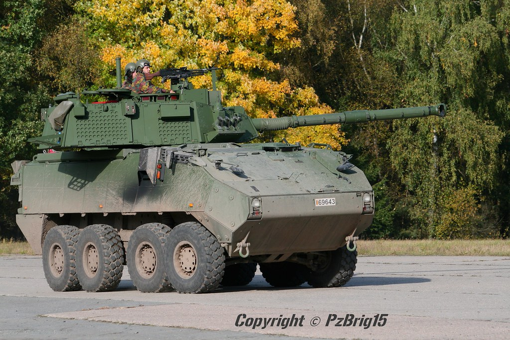 Mowag Piranha Iiic Df90 Das Neue Direct Fire Df 90