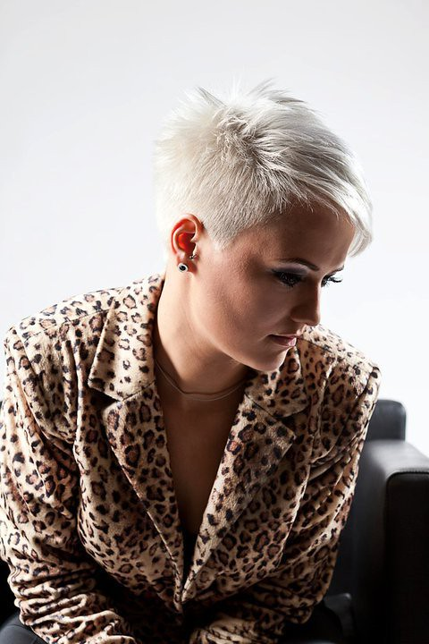Platinum Blonde Very Short Haircut Short Haircuts Women
