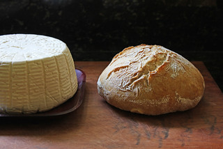 Cheese & bread | by Geninne