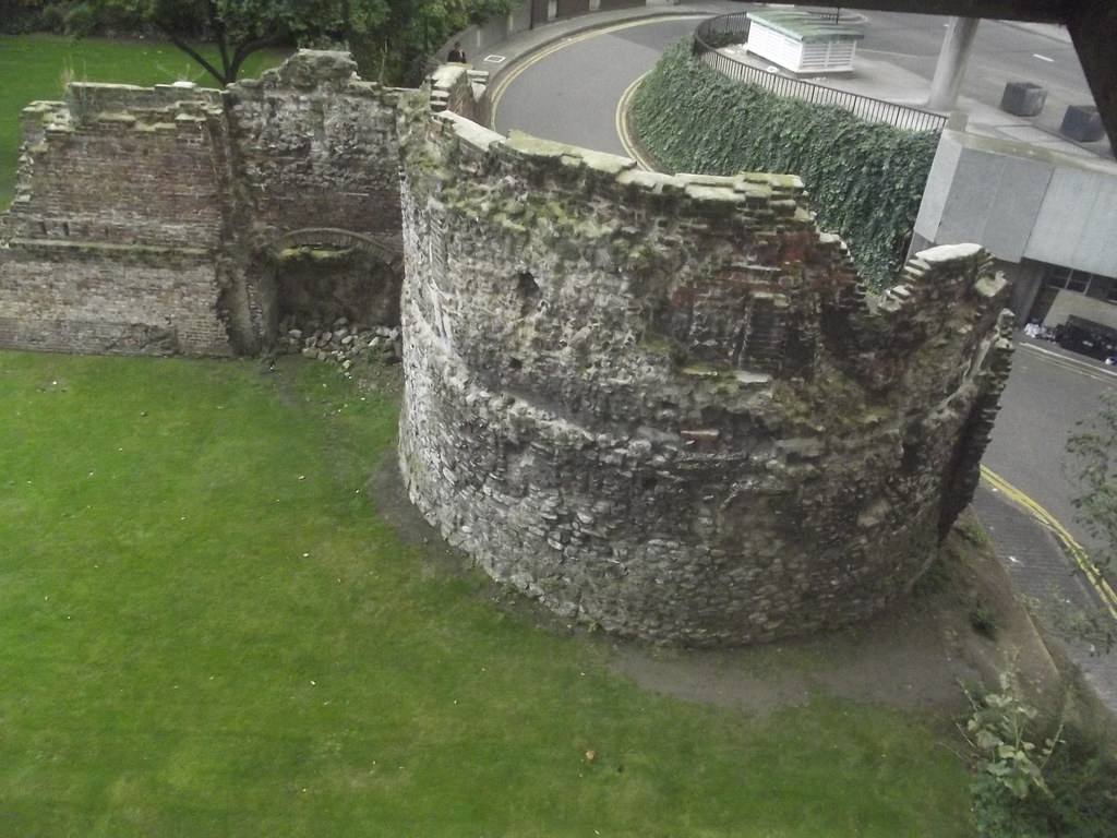 Museum Of London Roman London Ruins Of London Wall