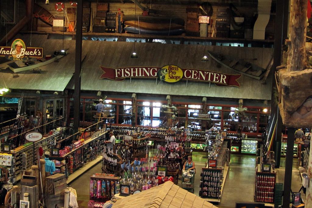 Fishing center bass pro shop council bluffs ia for Fishing in memphis