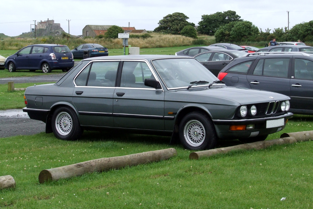 BMW E28 520i LUX | My Delphin Grey Shark Nose Baby Six ...