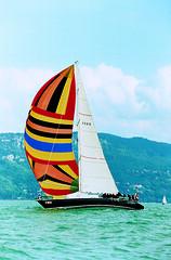Scuola Nautica Arawak per vivere l'emozione di navigare con un maxi yacht!