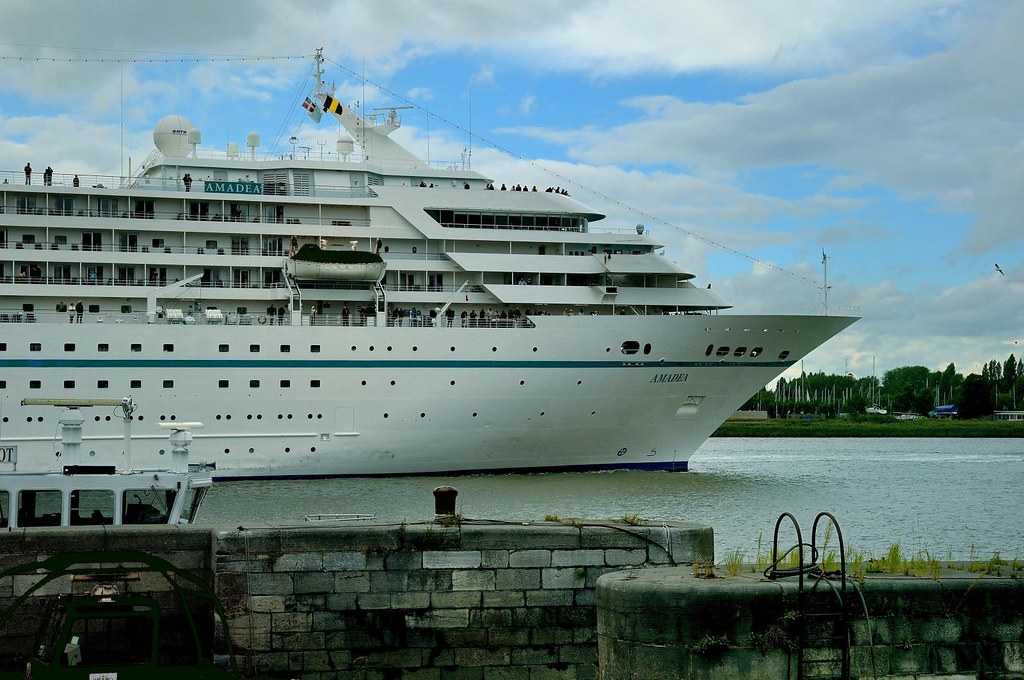 Antwerp The Amadea Nassau Cruise Ship On The Scheldt Flickr - Cruise ship amadea