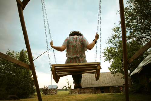 swing me life | by gagilas